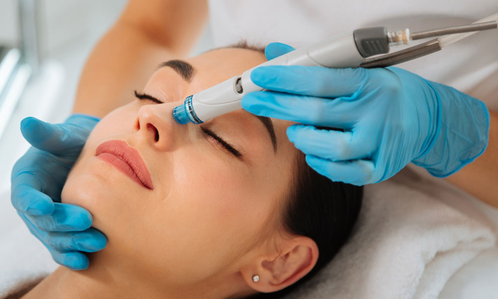 aesthetic clinic What are the Benefits of a Hydra Facial blog image