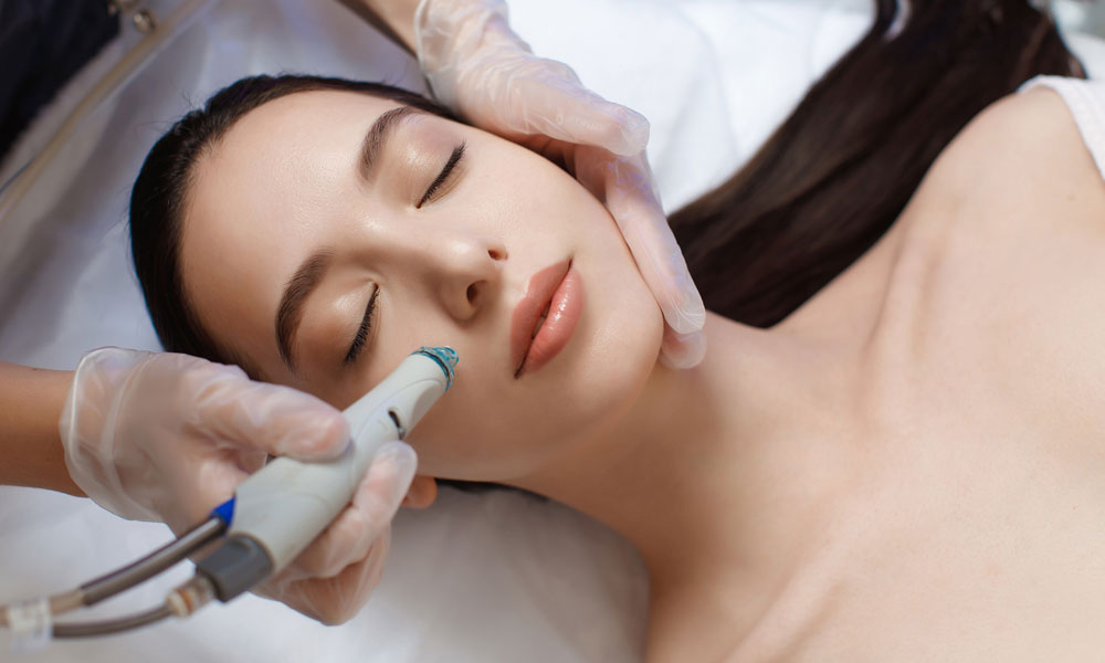 Hydrafacial Top Reasons Why HydraFacials Are So Popular Blog Image